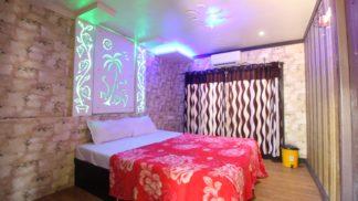 7 bedroom delux upperdeck