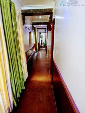 2 bedroom premium house boat