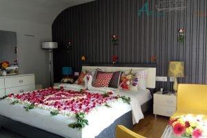 Ultra Luxury Houseboat