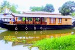 1 bed deluxe houseboat