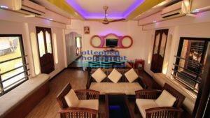 1 Bedroom Houseboat