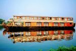 8 Bedroom Deluxe Houseboat with Upper Deck