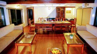 4 Bedroom houseboat