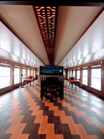 4 bedroom houseboat alleppey
