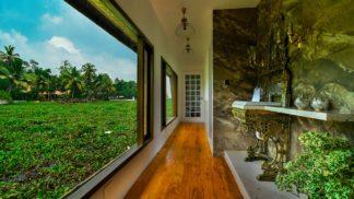 3 bedroom ulta luxury houseboat