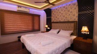 4bed luxury bedroom
