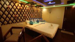6bed luxury bedroom