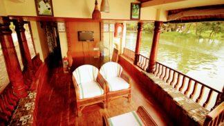 1 Bedroom Deluxe houseboat with Upperdeck