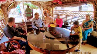 Houseboat Guest Experience