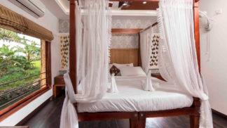 3 bedroom luxury houseboat